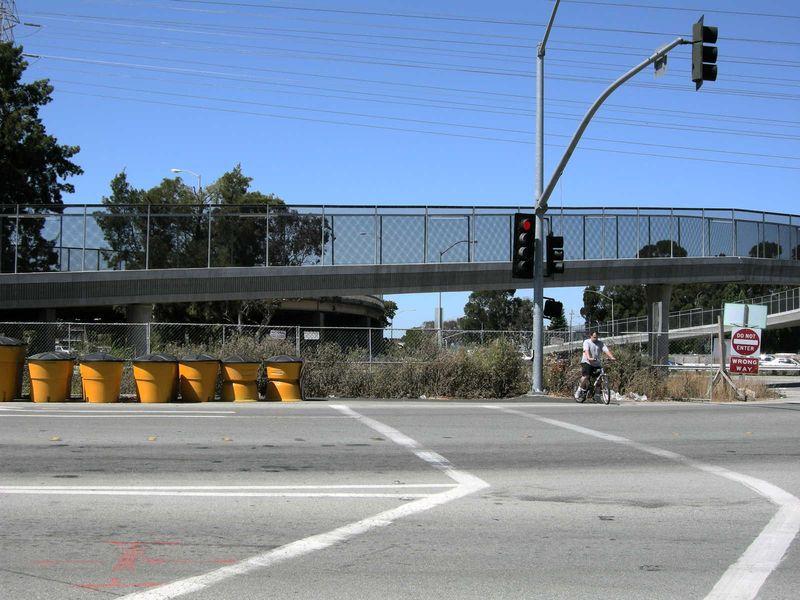 Bway bike overpass1