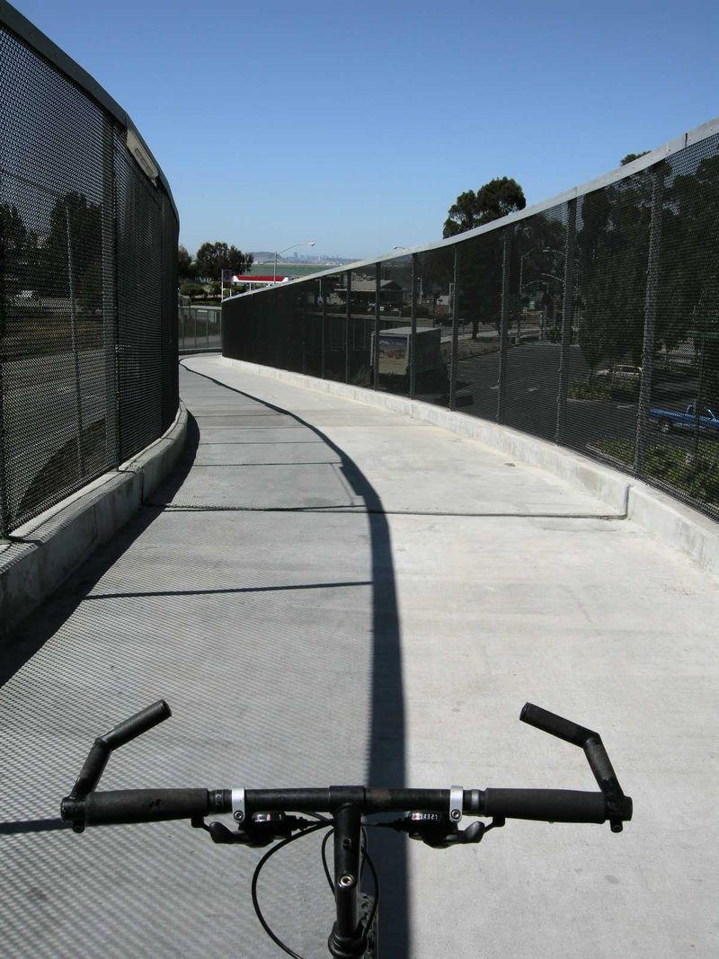 Bway bike overpass3