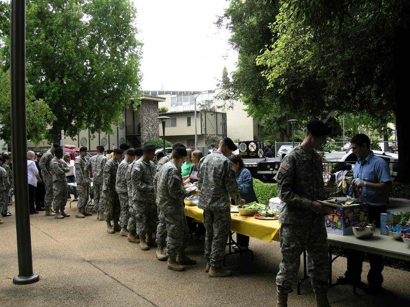 Airborne eats at BBQ