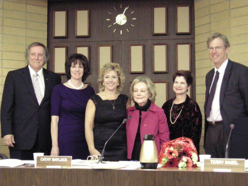 Council and Clerk_2009