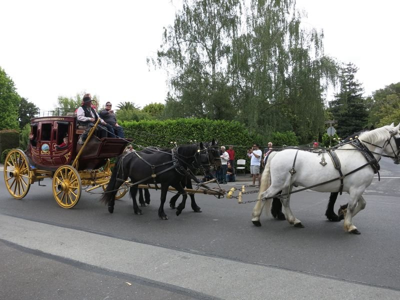 Hborough Parade_Wells Fargo Horses