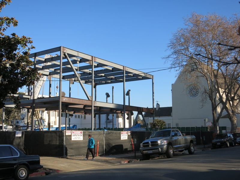 St C comm center steel frame