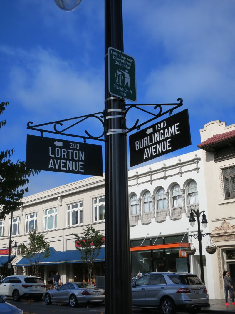 Lorton Bgame Ave sign