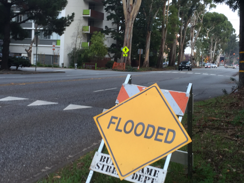 Flooded sign_12_2017